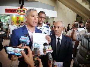 "PRM deposita querella contra Alcalde por ""malversación"""