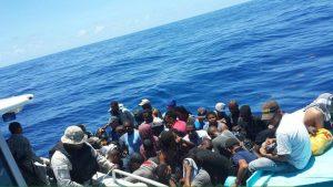 PUERTO RICO: Detienen 69 personas llegaron en yola desde R.Dominicana