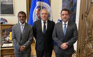 Secretario OEA recibe directivosde AsociaciónEmpresas Medicina de RD