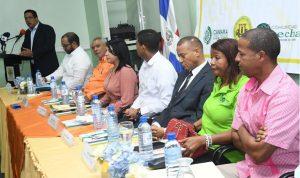 COTUI: Candidatos municipales presentan sus propuestas y firman pacto