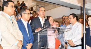 """Tras suspensión de municipales, Luis Abinader opina que la JCE """"fracasó"""""""