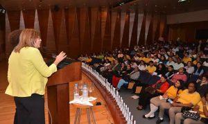 Abren convocatoria del Concurso Botellas Literarias Santiago 2020