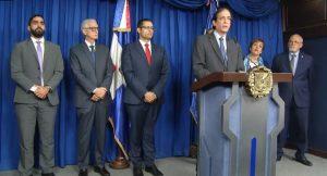El presidente Medina promulga ley sobre reforma a la Seguridad Social