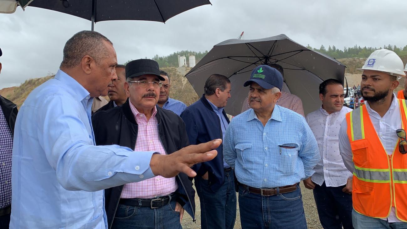 DAJABON: Danilo dispone apoyar a los ganaderos con animales alta genética