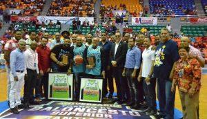 Encuentro de leyendas Baloncesto Superior de Santiago; retiran el 14