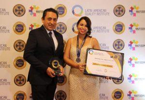 Industrias San Miguel recibe premio por su enfoque en la calidad