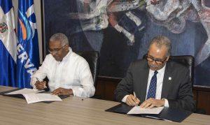 El Banco de Reservas e INTEC firman convenio de ciberseguridad
