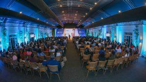 Popular ofrece conferencia educación financiera a más de 500 clientes