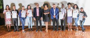 Decenas de jóvenes reciben en Higüey Premios al Mérito Altagraciano