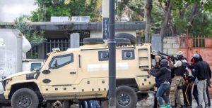HAITI: 2 muertos, 9 heridos durante asalto de policías a cuartel Ejército