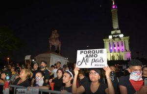 Jóvenes dicen seguirán protestas hasta que se cumplan demandas