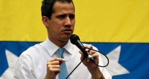 """VENEZUELA: La Fiscalía cita a Juan Guaidó por """"intento golpe de Estado"""""""