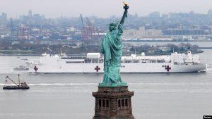 EEUU: Buque hospital de la Armada llega a Nueva York