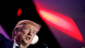 EEUU: Trump bloqueará fondos federales para ciudades santuario