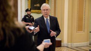 EEUU: Legisladores buscan ayudar a economía golpeada por coronavirus