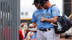 MLB pagará viáticos a jugadores de las ligas menores hasta abril