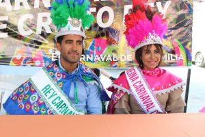 Coronan a a los reyes del Desfile del Carnaval de Cristo Rey 2020