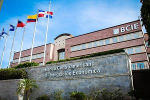 BCIE dona US$8 millones ante emergencia sanitaria regional de COVID-19