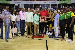 Bameso y San Carlos obtienen victorias en el TBS del Distrito