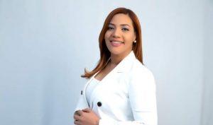 Candidata diputada pide aumento salario personal salud, PN y militares