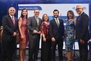 Seguros Reservas celebra XVIII aniversario y premia corredores