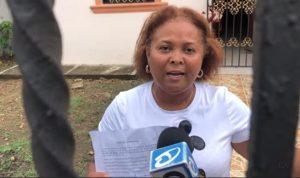 VILLA RIVA: Mujer con coronavirus dio besos y abrazos a su llegada a RD