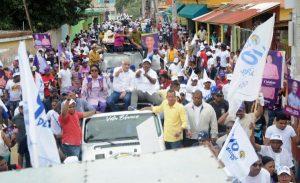 Miguel Vargas encabeza movilización PRD en Los Alcarrizos y Pedro Brand