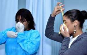 Intec y Salud Pública capacitan personal médico sobre manejo virus