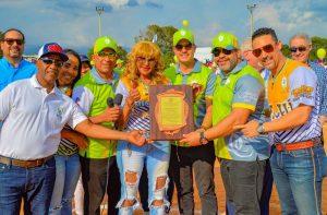 Santiago Country Club inaugura torneo de softbol