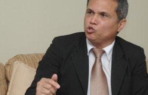 Colegio Médico envía a Ministro lista de médicos afectados por el Covid-19