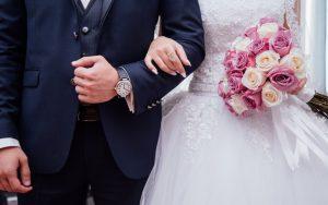Policía suspende cuatro fiestas de boda por coronavirus en NY y NJ