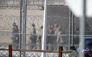 Autoridades detectan primer caso de coronavirus en cárcel federal de NY