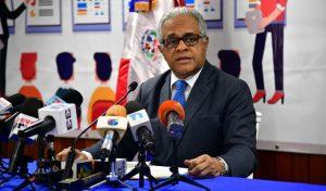 Gobierno R. Dominicana intervendrá empresas si no separan trabajadores