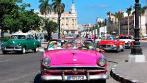 Disminuye la llegada de turistas a Cuba en mes de enero