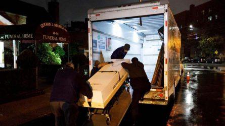 Funerarias Nueva York intensifican uso de ataúdes de cartón