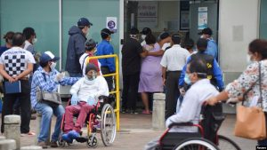 ECUADOR: Médicos dicen está colapsada situación de hospitales
