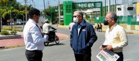 Gonzalo visita zonas SC y Haina para coordinar acciones contra COVID-19
