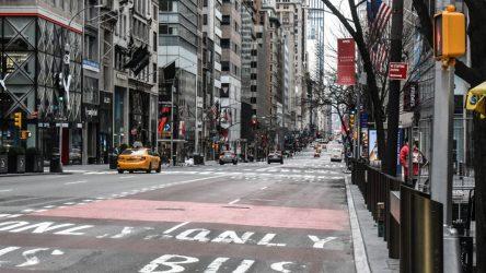 Tiendas cerradas en Nueva York para frenar avance del coronavirus