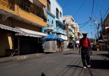 Policía pide población no cometer excesos durante aislamiento social