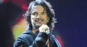 Ricardo Arjona hará un disco con interpretaciones de sus fanáticos
