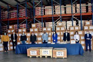 CONEP entrega al Gobierno pruebas y equipos para detección coronavirus