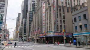 """La ciudad de Nueva York planea """"recuperación justa"""" en 20 meses"""