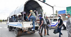 Otras 1,649 personas detenidas por  violar toque de queda este jueves