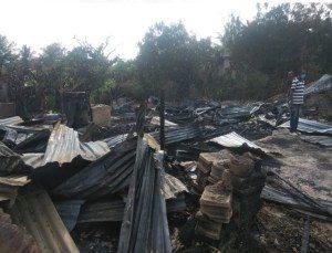 Incendio destruye cuatro casas en la ciudad de Villa González