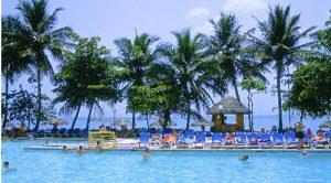 Del Pino valoriza el retorno del capital dominicano a hotelería
