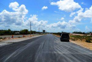 Gobierno anuncia concluirá en julio construcción de la avenida Ecológica