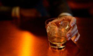 Salud Pública advierte que bebidas alcohólicas no protegen coronavirus