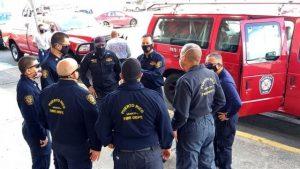 MOPC no logra impedir el humo de Duquesa; P. Rico envía bomberos RD