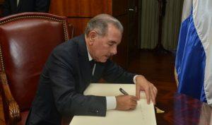 Medina pide al Congreso extender el estado de emergencia otros 25 días