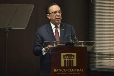 Gobernador de BCRD se opone a entrega 30% de fondos pensiones